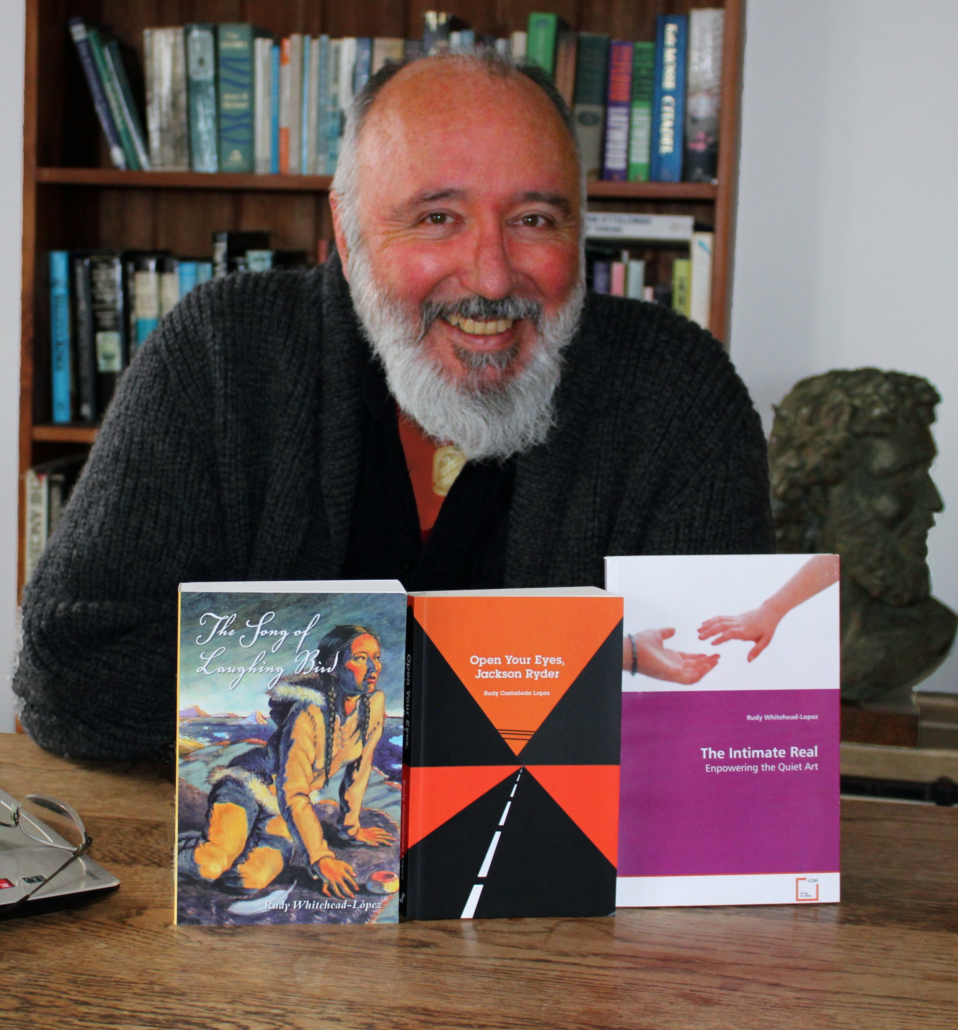 Author Rudy Castañeda López